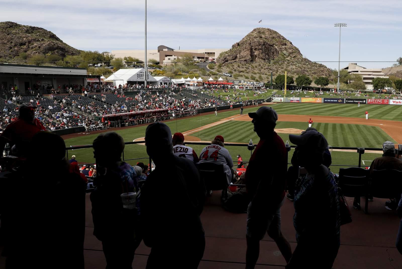 MLB, sindicato discuten jugar todos los juegos en Arizona 38