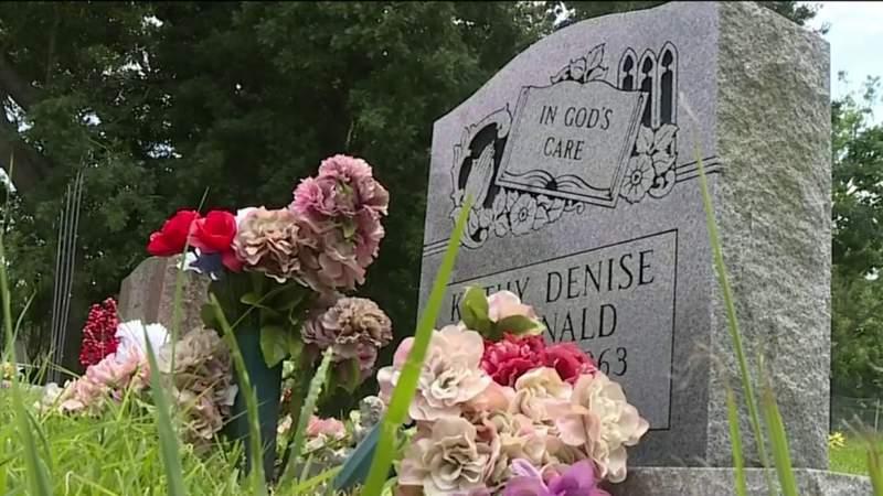 Efforts underway to preserve cemetery in Sugar Land