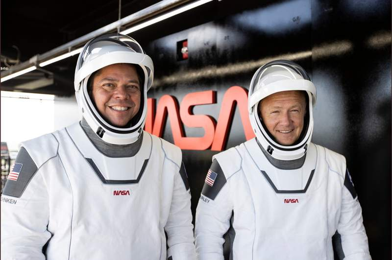 NASA astronauts Bob Behnken, left, and Doug Hurley during the dress rehearsal of the SpaceX Demo-2 mission. (Image: SpaceX/NASA)