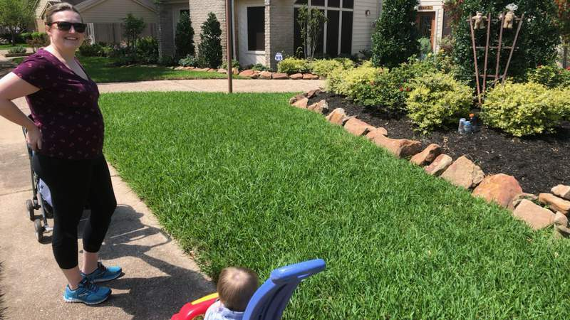 Amanda Cochran and her small children search for bears throughout their Sugar Land neighborhood.