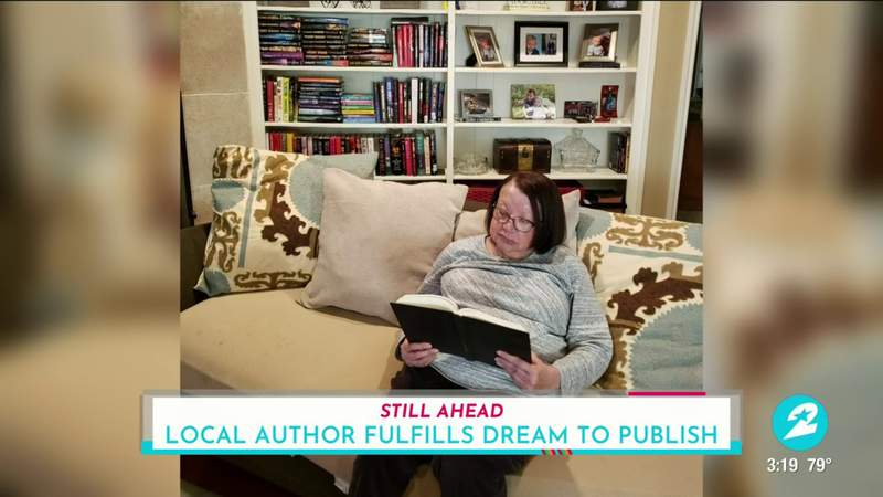 'Don't give up': Houston author pens first novel at the age of 77 | HOUSTON LIFE | KPRC 2