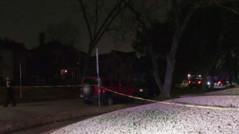 Man shot to death in passenger seat of car on Houston's south side