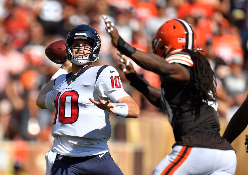 CLEVELAND, OHIO - SEPTEMBER 19: Quarterback Davis Mills #10 of the Houston Texans throws the ball during the second half in the game against Cleveland Browns at FirstEnergy Stadium on September 19, 2021 in Cleveland, Ohio. (Photo by Jason Miller/Getty Images)