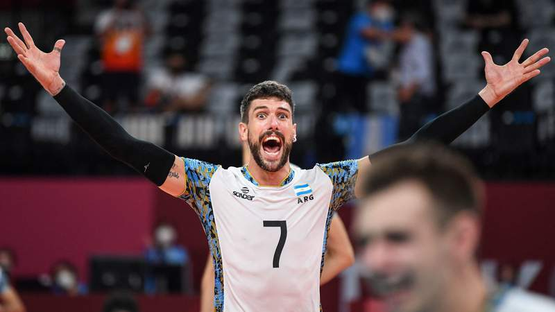 Argentina's Facundo Conte celebrates their victory in the men's bronze medal volleyball match between Argentina and Brazil during the Tokyo 2020 Olympic Games