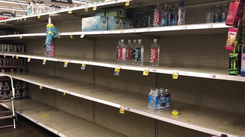 Bottled water selling out in stores fast in wake of boiled water notice