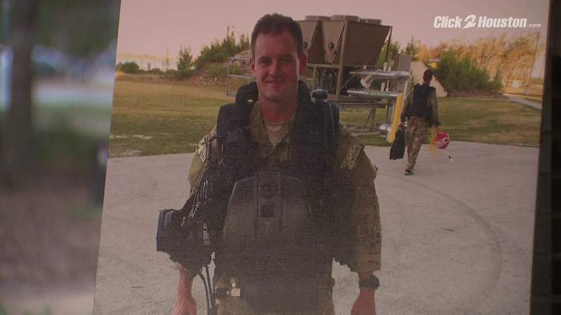 Fallen Army Green Beret posthumously awarded Silver Star medal in Houston