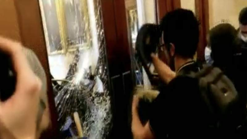 Trump trial video shows vast scope, danger of Capitol riot