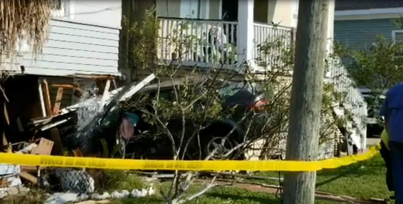 Several homes were damaged after a small sedan crashed on Sunday afternoon in Galveston.