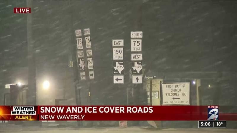 Snow and icy roads in New Waverly