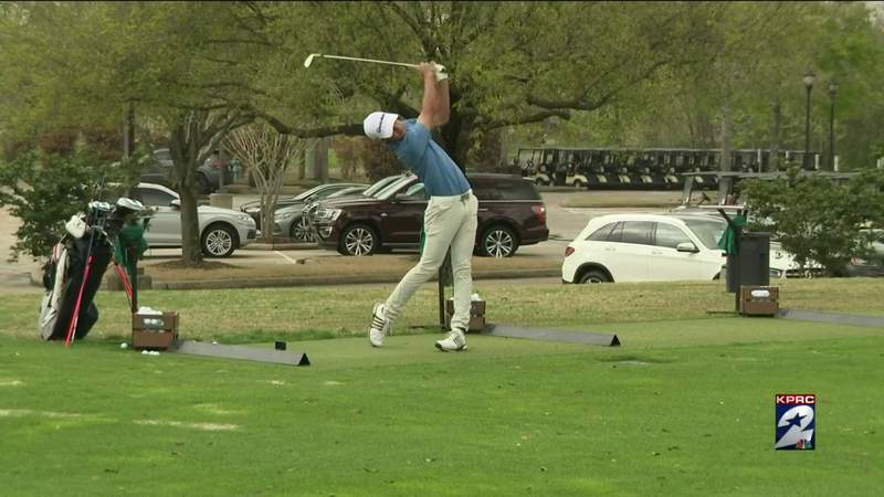 16-year-old Houston golfer is climbing his way to the top