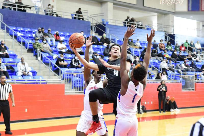 Previewing Boys Hoops Regional Finals