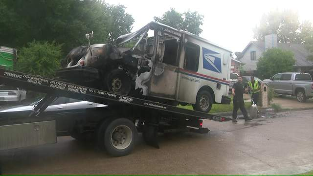 Usps Truck Catches Fire In Northwest Harris County Officials Say