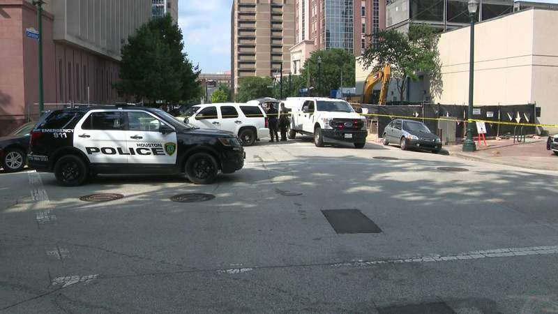 Officials give update on cannonball found in downtown Houston