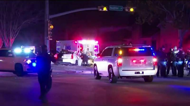 HCSO: Driver in custody after pursuit ends in crash in west Harris County