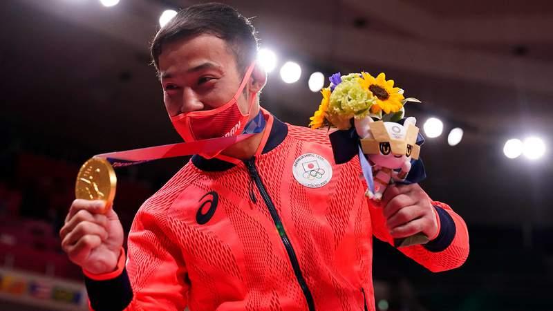 Naohisa Takato won judo gold medal on his home turf.