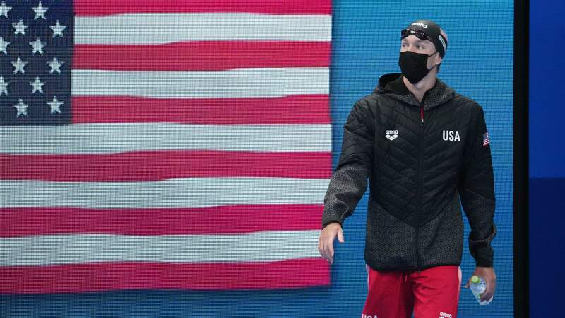 Jake Mitchell (USA) walks out for the men's 400m freestyle final during the Tokyo 2020 Olympic Summer Games at Tokyo Aquatics Centre.