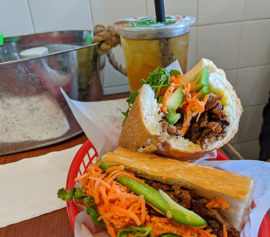 Family dining: New shop in Spring serves bubble tea, bahn mi and more