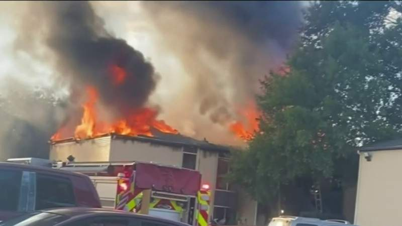 Fire destroys apartment, displaces families in Cypress