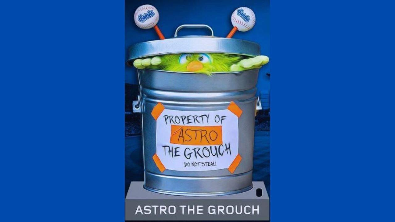 """El equipo de ligas menores interrumpe a los Astros de Houston al planear un sorteo de charlatanes """"Astro the Grouch"""" 55"""