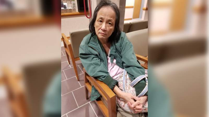 Police need public's assistance identifying woman found lost and walking alone in Sugar Land