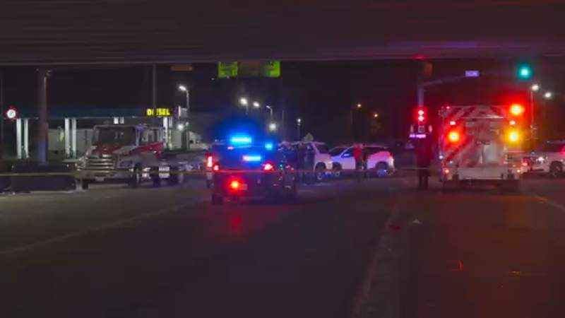 Deputies searching for driver who fatally struck pedestrian on N Freeway service road