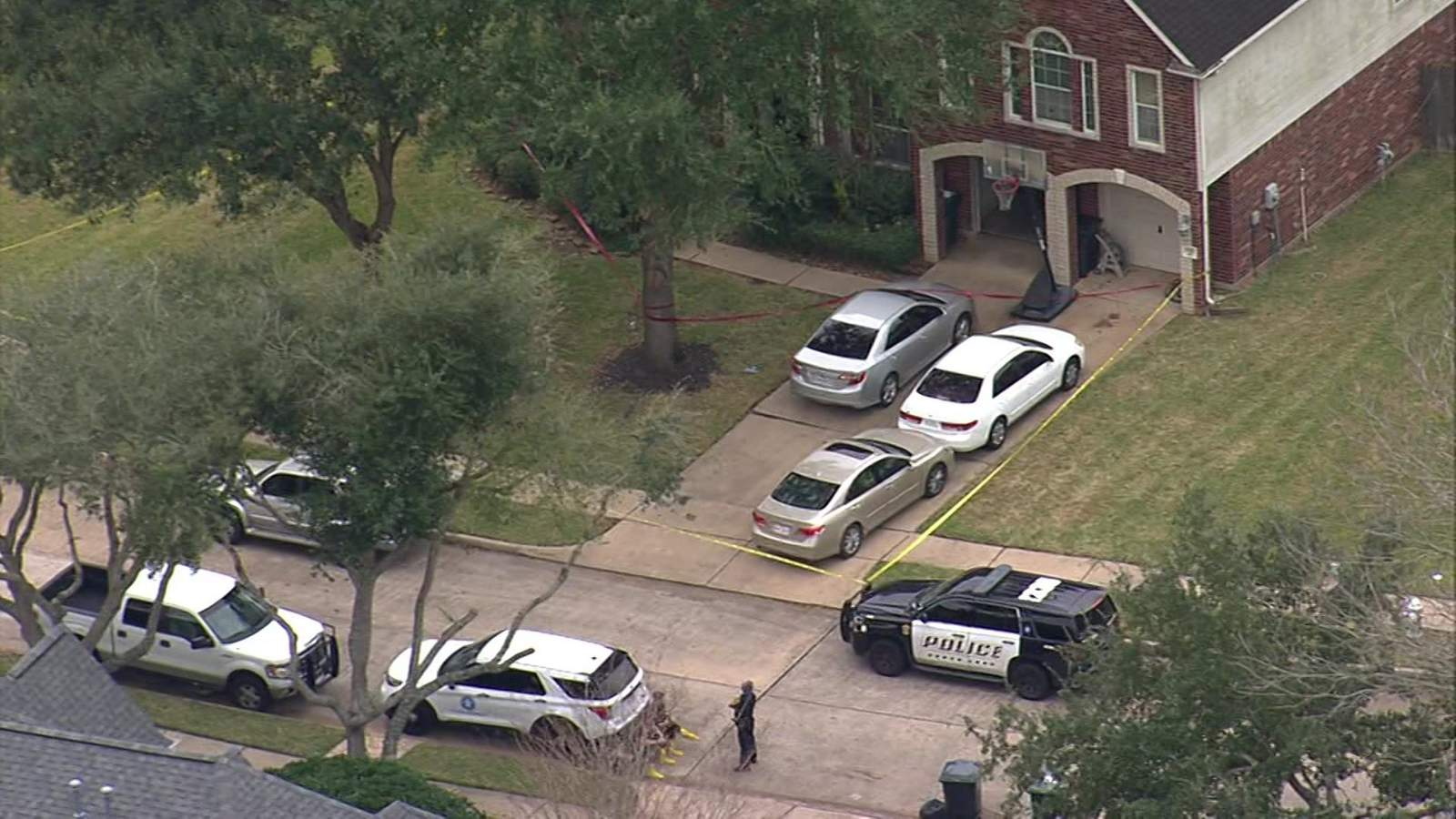 Investigation underway after couple found dead in Sugar Land home, police say - KPRC Click2Houston