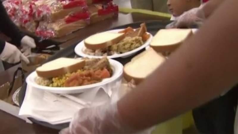 Organizations in Houston prepare for holiday season