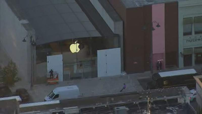 Houston Apple Store in the Galleria area boards up its doors and windows on Election Day.