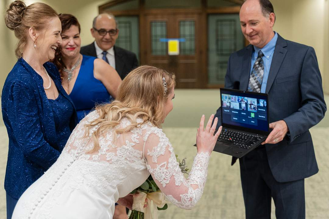 This is what a Houston wedding looks like amid a pandemic: social distancing and everything
