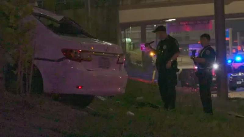 HPD: Woman killed in rollover crash