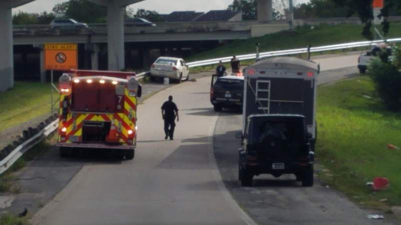 1 hospitalized after road rage shooting on highway near Midtown