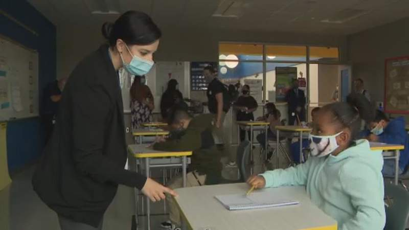 Free mental health services for teachers