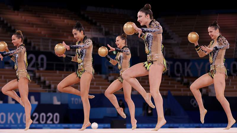 The five-woman American rhythmic gymnastics team missed out on the final in Tokyo.