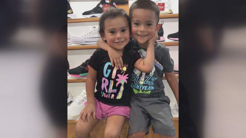 Mother loses children and husband in crash