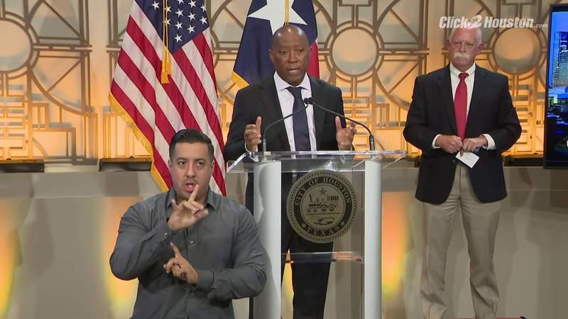Mayor Turner addresses deficit in blood supply