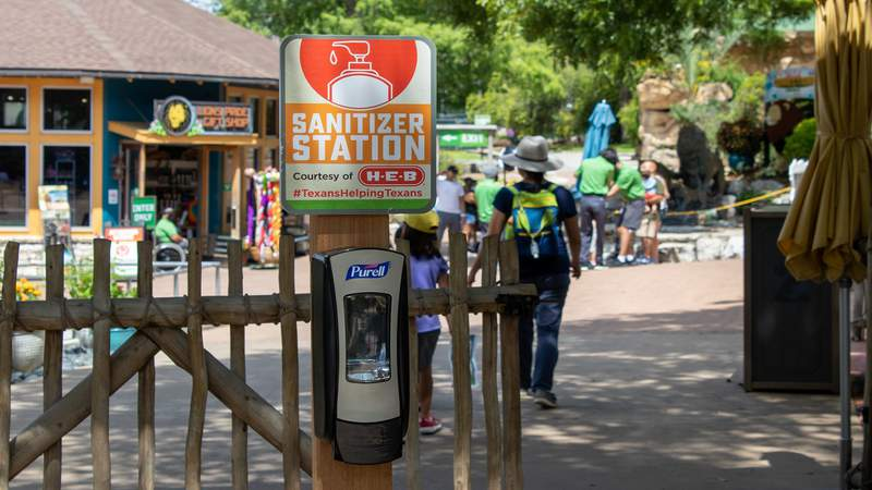 The San Antonio Zoo is offering H-E-B employees free admission during H-E-B Partners Appreciation Week.