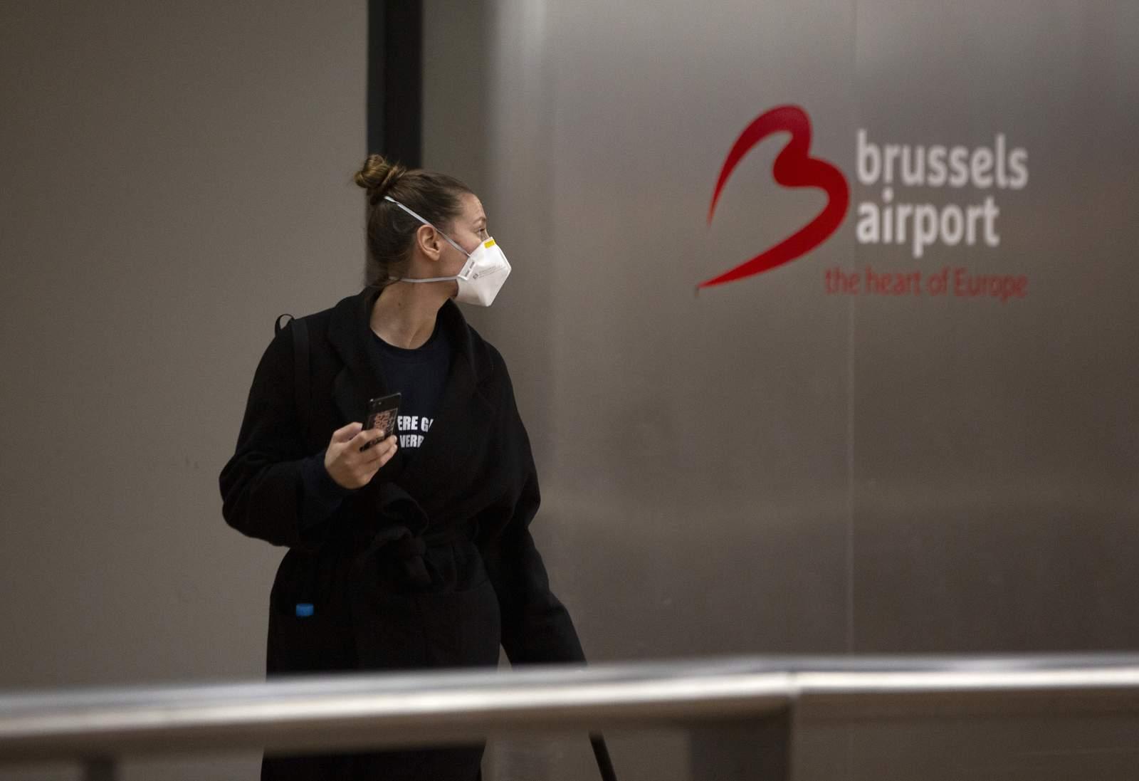 La UE insta a los controles de salud fronterizos a medida que aumenta el número de casos de virus 1