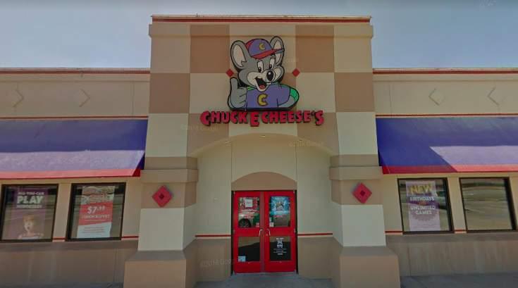 """La ubicación de Chuck E. Cheese en Stafford quiere """"facilitar que los padres preparen una cena caliente para sus hijos"""" 2"""