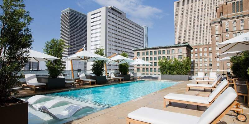 The rooftop pool at Hotel Alessandra