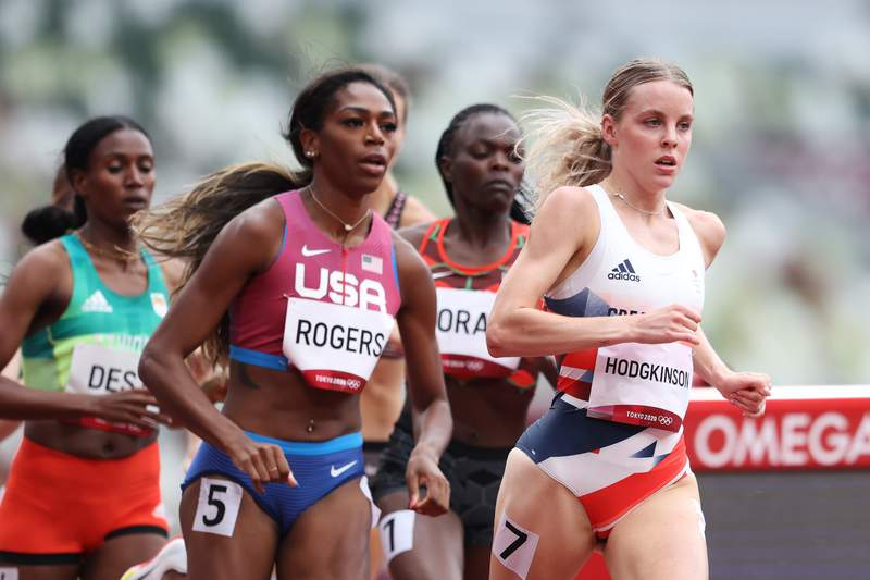TOKYO, JAPAN - JULY 30: Keely Hodgkinson (R) of Team Great Britain and Raevyn Rogers of Team United States compete during round one of the Women's 800m heats on day seven of the Tokyo 2020 Olympic Games at Olympic Stadium on July 30, 2021 in Tokyo, Japan. (Photo by Michael Steele/Getty Images)