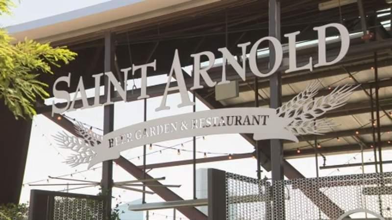 Saint Arnold brewery says new interpretation of bar-closure order is putting 75 jobs at risk