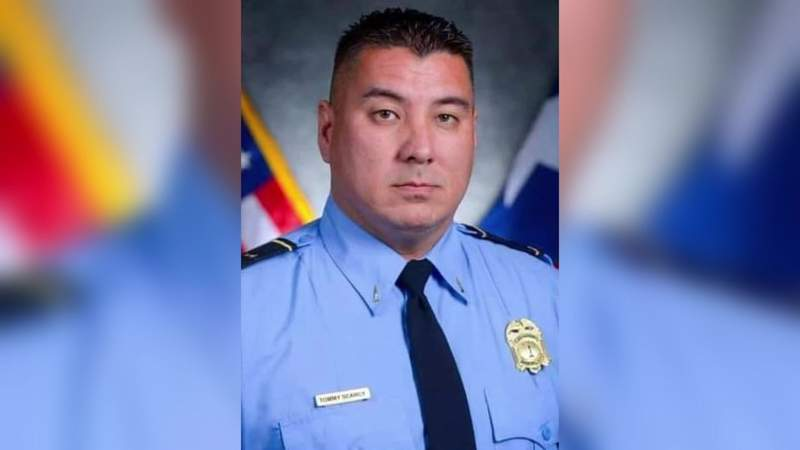 Firefighters mourn HFD captain after monthslong battle with COVID-19