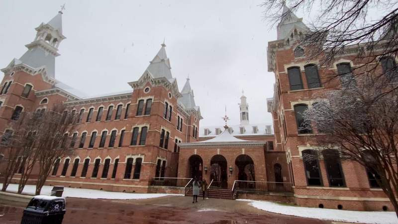 Snow scene at Baylor University in Waco, Texas