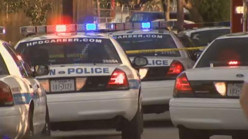 Mayor Turner to ban police use of chokeholds police