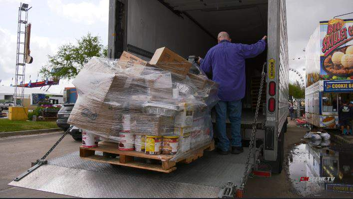 A rodeo vendor chose to donate hundreds of pounds of unused food to the Houston Food Bank after the rodeo was canceled. (KPRC)