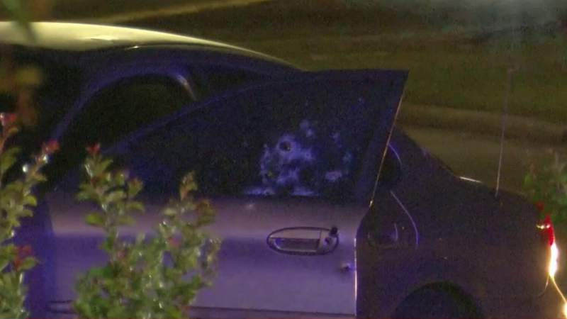 Man killed after being shot more than 20 times in southwest Houston, police say