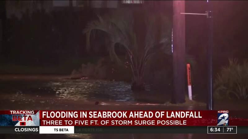 Flooding in Seabrook ahead of landfall