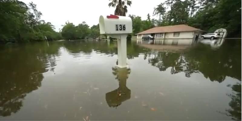 Slidell, LA flooding courtesy pic Associated Press