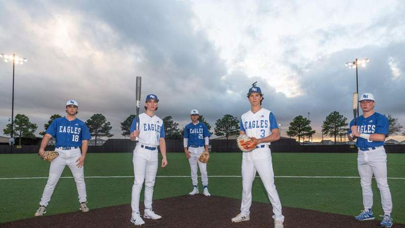 Barbers Hill stuns Friendswood, punches ticket to UIL State Tournament