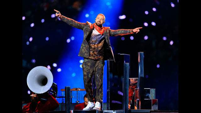 MINNEAPOLIS, MN - FEBRUARY 04: Recording artist Justin Timberlake performs onstage during the Pepsi Super Bowl LII Halftime Show at U.S. Bank Stadium on February 4, 2018 in Minneapolis, Minnesota. (Photo by Christopher Polk/Getty Images)